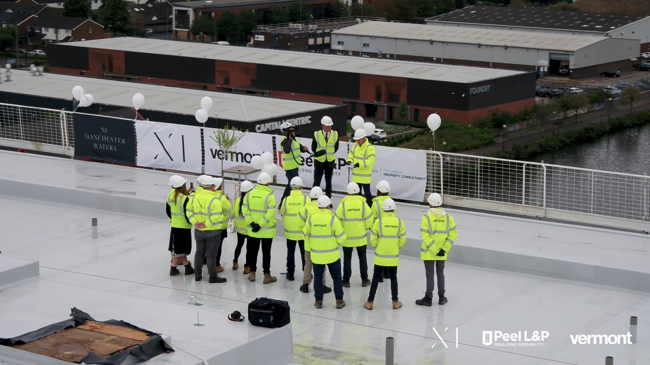 X1 Manchester Waters – Topping Out